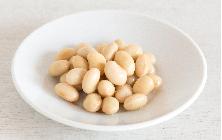 大豆の水煮 和えたり、汁物に加えたりと、常備しておくと便利な大豆の水煮。